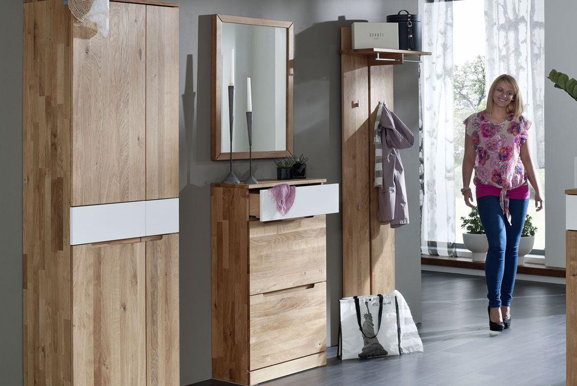 Abbildung Garderoben Set Massivholz Wildeiche Absetzung geriffelt Arcona