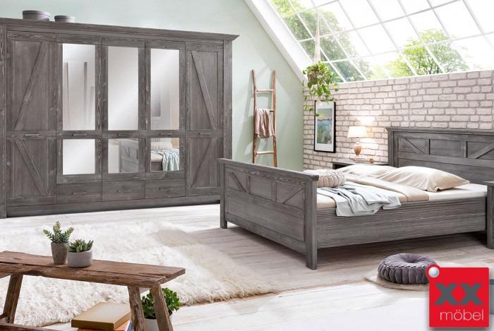 Schlafzimmer | Baleo | Altkiefer teilmassiv | P05