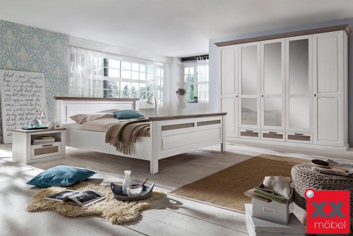 Schlafzimmer | Lugano | Kiefer teilmassiv | S02