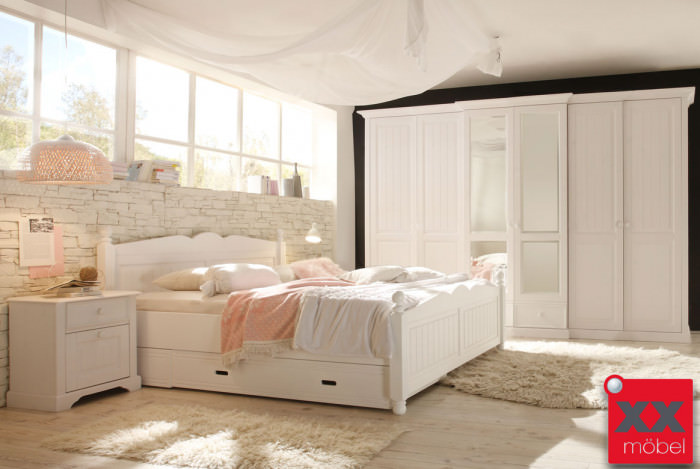 landhausstil schlafzimmer cinderella kiefer weiss komplett w01s. Black Bedroom Furniture Sets. Home Design Ideas