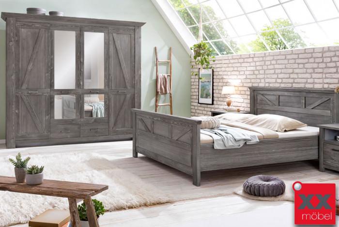 Schlafzimmer | Baleo | Altkiefer teilmassiv | P02